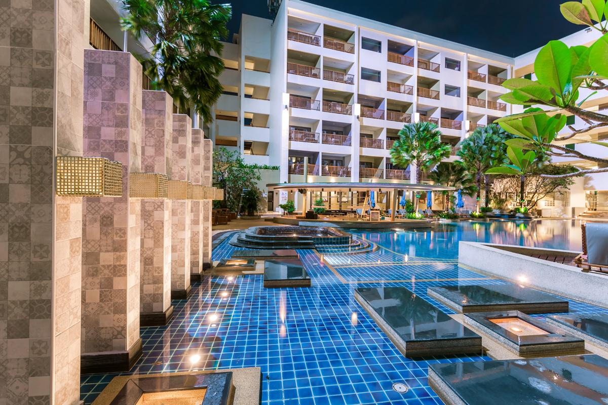 Deevana Plaza Patong Resort
